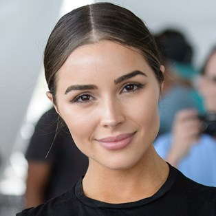 What Is Salicylic Acid - Olivia Culpo
