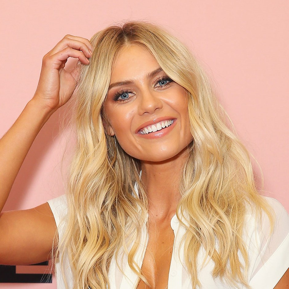 Elyse Knowles Shares Her Must-Have Beauty Products