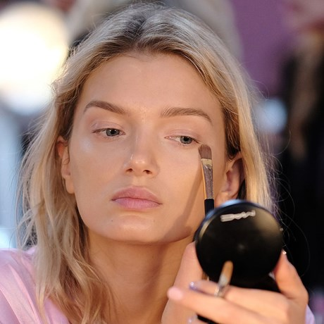 Best Concealers in Australia - Lily Donaldson