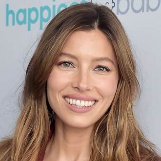 /media/29974/natural-makeup-tutorial-jessica-biel-s.jpg