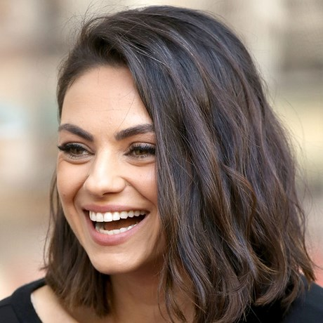 How to Take Off Eyelash Extensions at Home - Mila Kunis