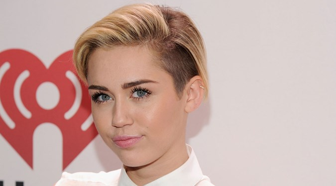 Easy Hairstyles for Short Hair - Miley Cyrus