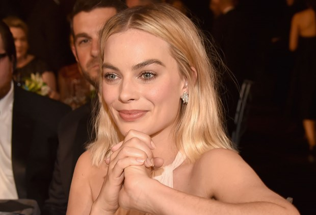 Best Monthly Beauty Subscription Boxes Australia - Margot Robbie