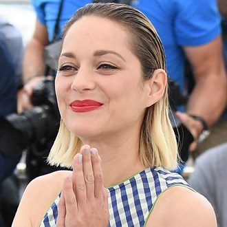 /media/30571/best-french-perfumes-reviews-marion-cotillard-s.jpg