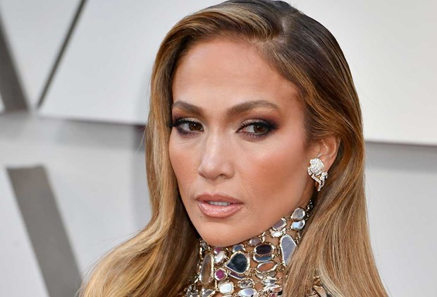 Jennifer Lopez bridal beauty looks