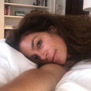 Best Anti-Wrinkle Pillow - Cindy Crawford