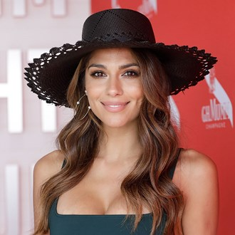 /media/31082/pia-miller-wont-leave-the-house-without-these-beauty-products-s.jpg
