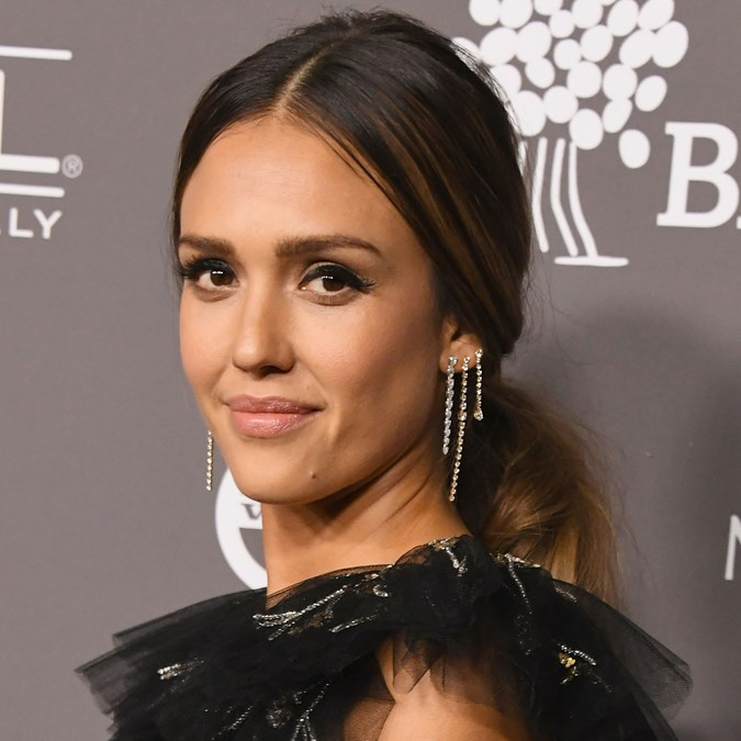 Best Classic Red Carpet Hairstyles - Jessica Alba