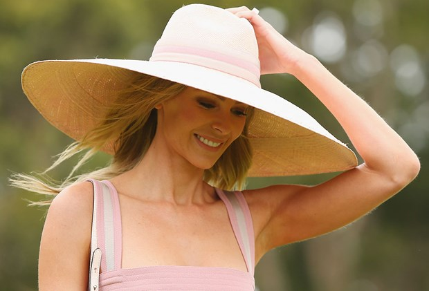 Best Natural Deodorant Reviews - Jennifer Hawkins