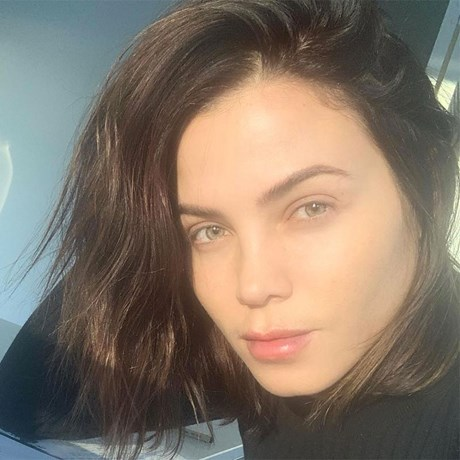 Best Face Sunscreens Under Makeup - Jenna Dewan