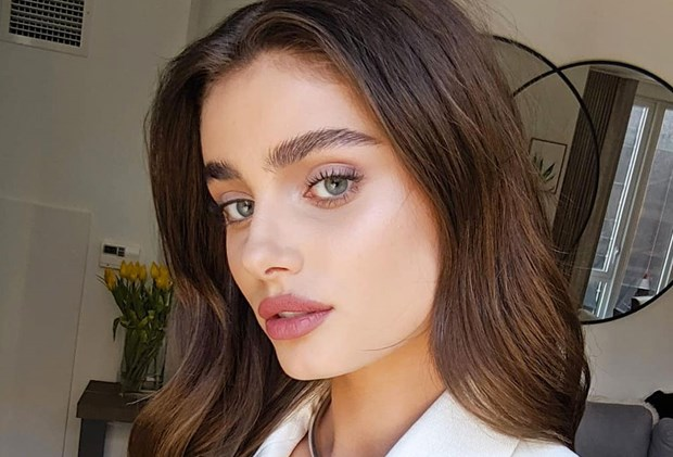 Taylor Hill best foundations oily skin