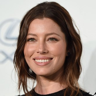 /media/32910/best-vitamin-c-serums-australia-jessica-biel-s.jpg