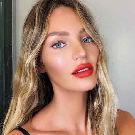 Candice Swanepoel Just Debuted A Drastically Different Hairstyle