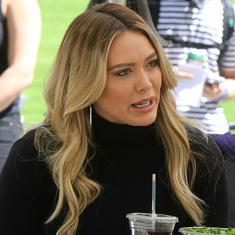 /media/33426/angular-cheilitis-hilary-duff-s.jpg