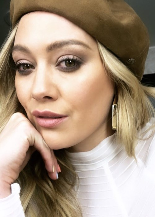 Hilary Duff Reveals Her Freckles In Makeup Free Selfie