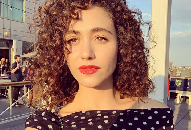 Best-Products-For-Curly-Hair-Emmy-Rossum