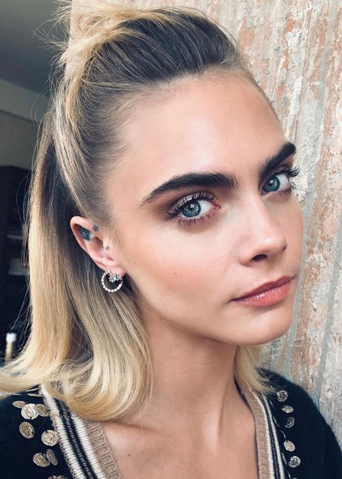 Cara Delevingne Is Wearing  The Rainbow Eye Makeup Of Your Dreams