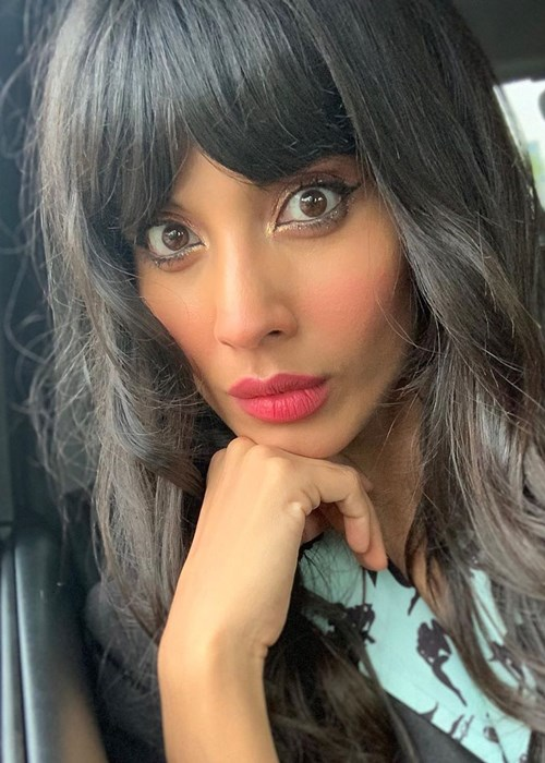 Jameela Jamil Looked Completely Different Hours Before Her 2019 Emmys Red Carpet Appearance