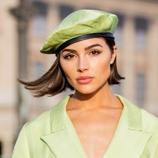The Best Celeb Beauty Looks Spotted At Paris Fashion Week