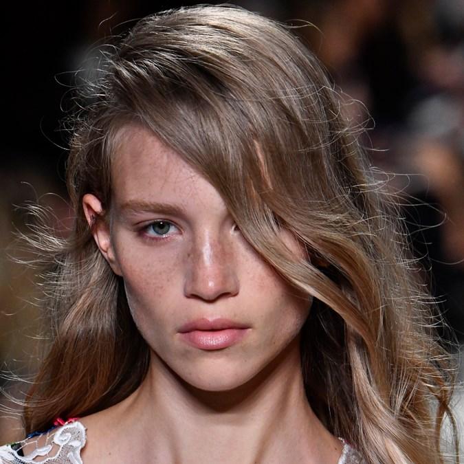 Summer 2020 Hair Trends.A Deep Side Part Was The Top Hair Trend At Paris Fashion