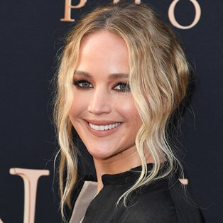 Hooded-Eyes-Makeup-Tricks-Jennifer-Lawrence