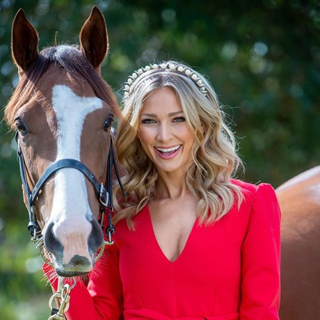 Anna Heinrich's Best Race-Worthy Hair Looks