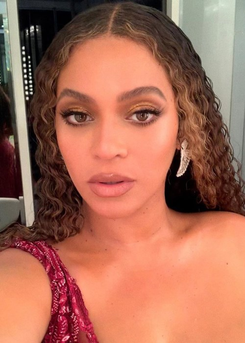 Beyoncé's Floor-Length Braid Gives Fresh Meaning To Extra