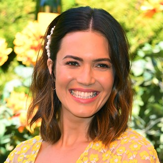/media/35510/mandy-moore-s-self-care-routine-secrets-s.jpg
