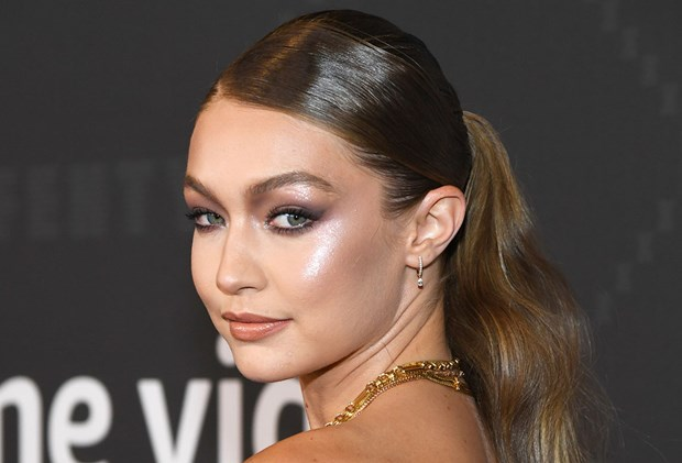Best Drugstore Highlighters - Gigi Hadid