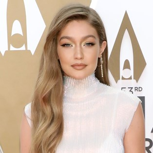 2019 CMAs Best Beauty Looks