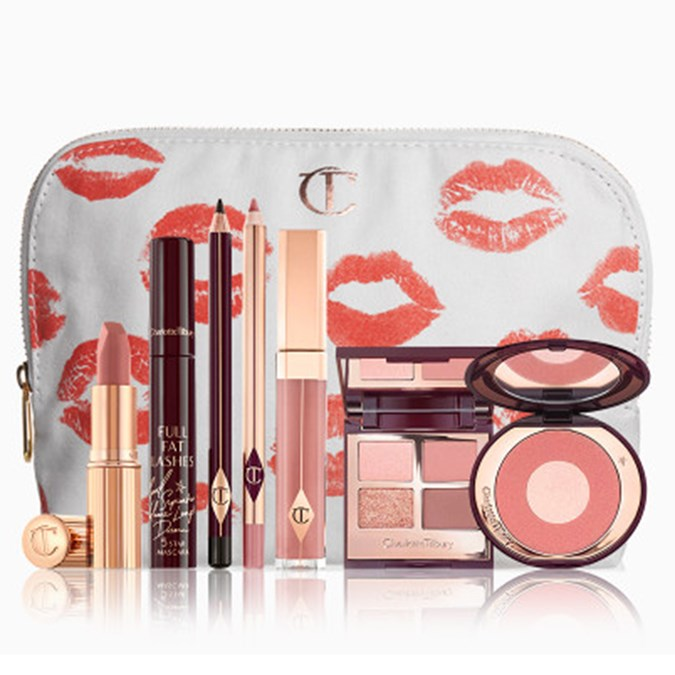 Christmas-Gift-Guide-100-Charlotte-Tilbury-The-Pillow-Talk-Look