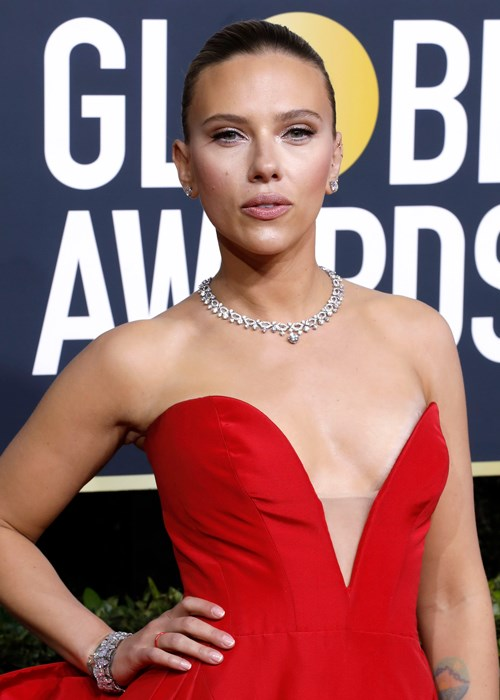The $12 Serum Responsible For Scarlett Johansson's Flawless Skin At The Golden Globes
