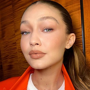 Gigi Hadid's Makeup Artist Shares His Number 1 Tip For Excellent Skin