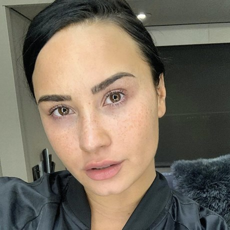 The facialist behind Demi Lovato's perfect complexion shares her number 1 tip for excellent skin