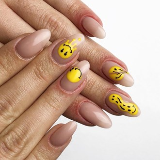 /media/44405/smiley-face-nail-trend-s.jpg