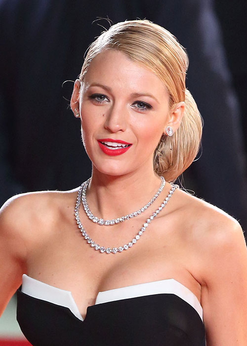 cd2fff7afd5 Blake Lively s Beauty Routine