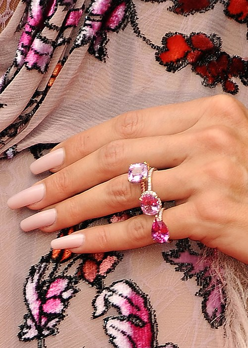 Pick a nail colour based on your personality | BEAUTY/crew