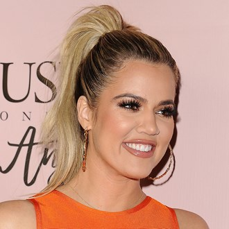 /media/9559/khloe-kardashian-foundaiton-trick-main-square.jpg